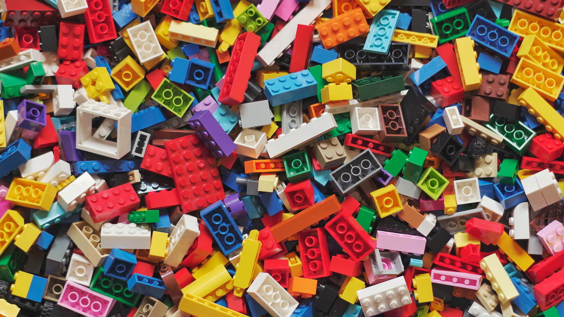 9 incredible child development benefits of playing with LEGO and other construction toys