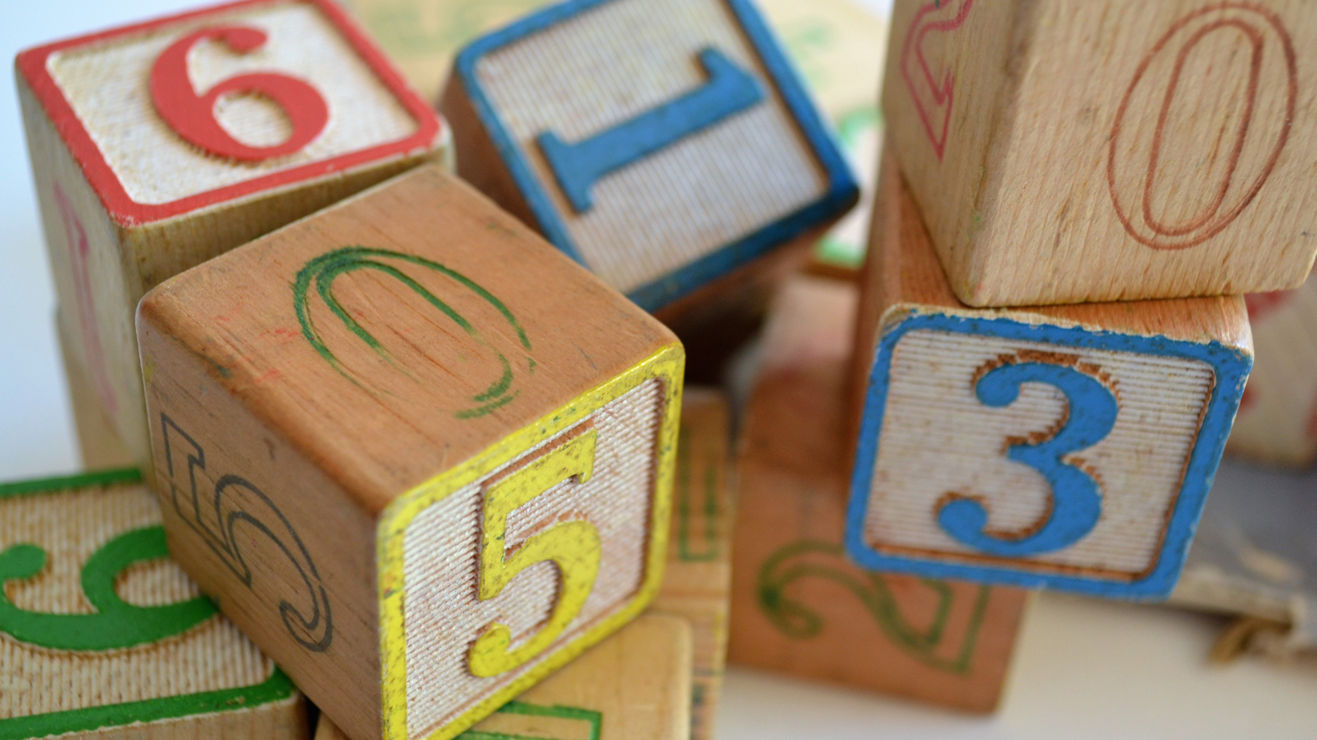 Looking to promote creativity? Here are 7 of the best open-ended toys to encourage imaginative, creative play