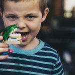 7 essential accessories for any dinosaur-themed toddler bedroom
