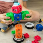 6 Benefits of STEM Toys for Younger Children